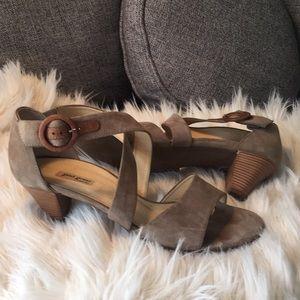 Paul Green Suede Wood heeled sandals